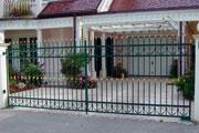 dvoriscna-vrata